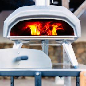 ポータブルピザ窯 家庭用 アウトドア オーブン Ooni  Karu ウニ カル 正規輸入品